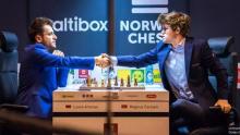 Aronian-Carlsen-Norway-Chess-2017-2