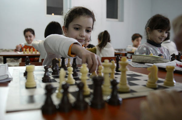 Американцы называют Армению международной шахматной сверхдержавой. Обучение шахматам начинается в начальной школе