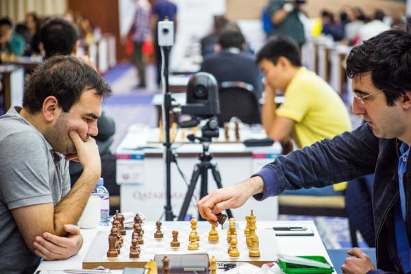 Шахматисты Шахрияр Мамедьяров и Владимир Крамник