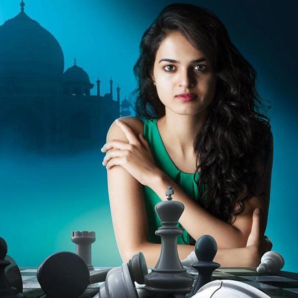 Красивая шахматистка Таня Садчев (Tania Sachdev) - Индия