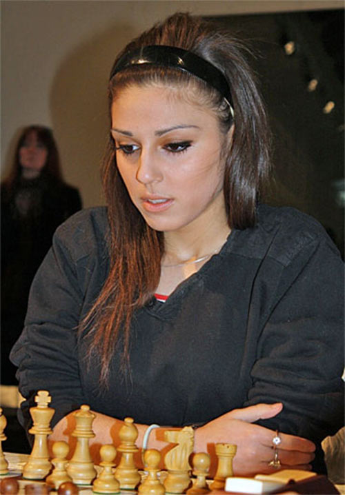 Красивая шахматистка Улькер Гасанова (Ulker Gasanova) - Исландия