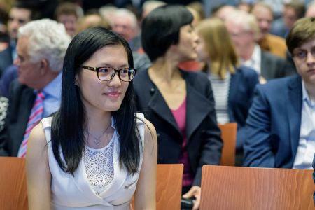 Хоу Ифань из Китая - единственная женщина, участвующая в турнире Вейк-ан-Зее 2016