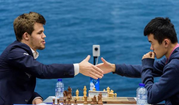 Последнюю партию турнира Вейк-ан-Зее 2016, Карлсен играл против китайца Дина. Партия закончилась вничью, таким образом, Карслен провел турнир без поражений