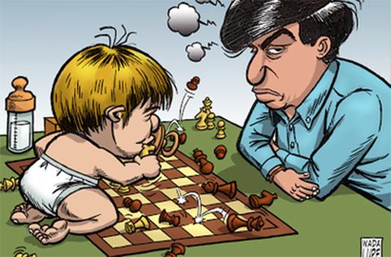 На карикатуре изображен Магнус Карлсен в виде малыша и Виши Ананд. Как видно, малыш крушит позиции пока еще чемпиона мира