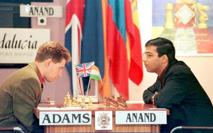 Майкл Адамс и Виши Ананд (Испания, 1999)