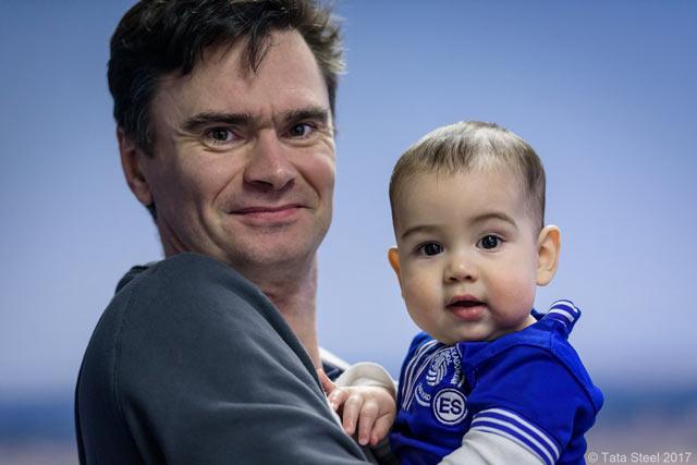 Люк Ван Вели с сыном. Есть люди, которые всегда смогут сгладить горечь поражения