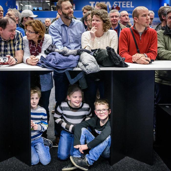 Зрители на шахматном турнире Вейк-ан-Зее 2018