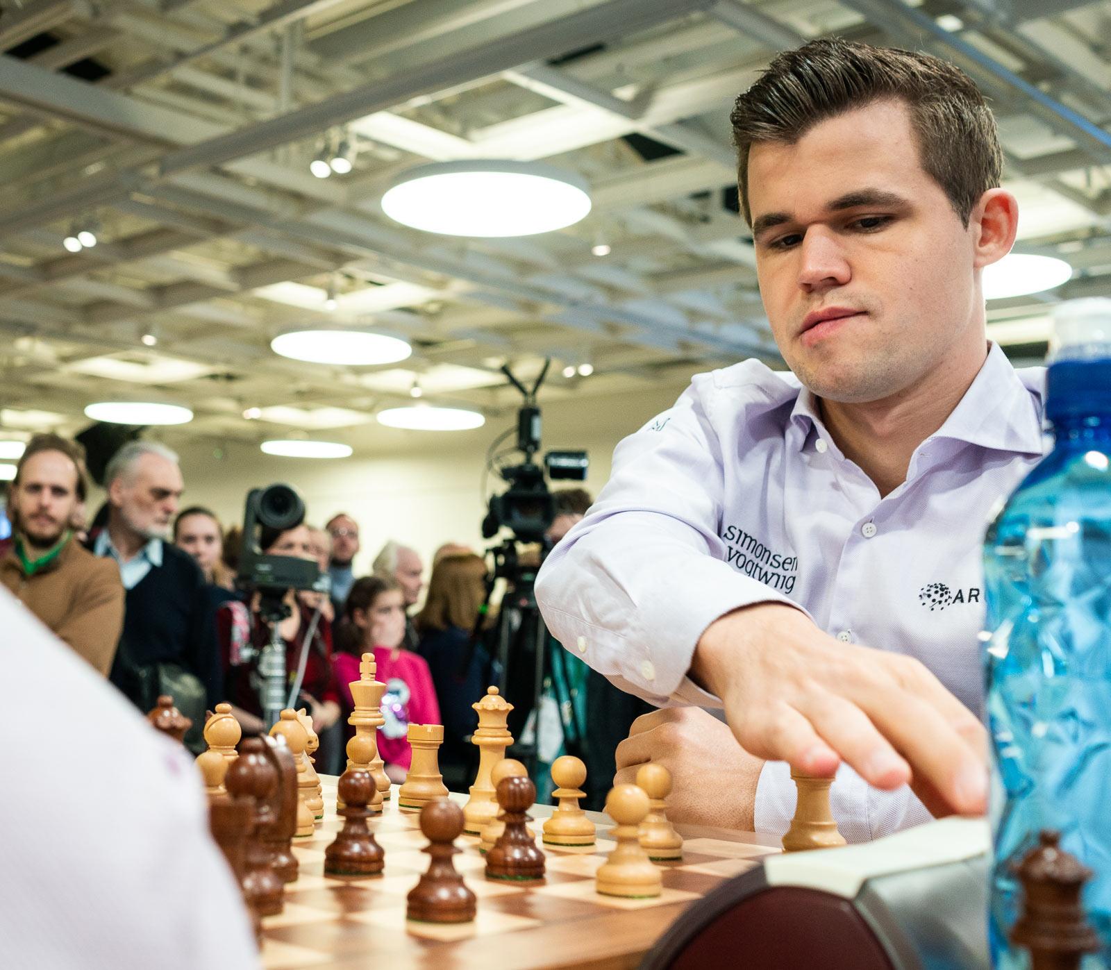 Магнус Карлсен (Норвегия) чемпион мира по блицу 2018