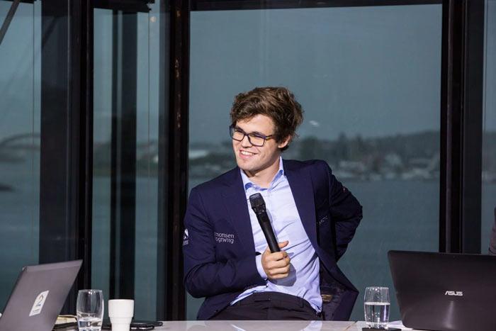 Magnus-Carlsen-Altibox-Norway-Chess-2017-round-8