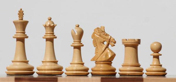 Шахматные фигуры фото