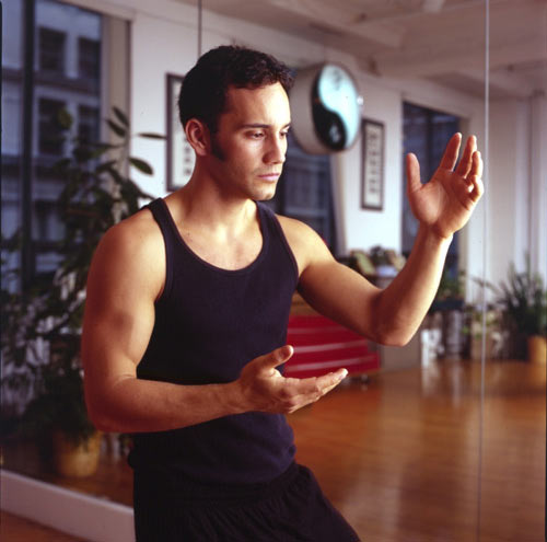 Джошуа Вайцкин неоднократный победитель по боевым искусствам на национальных чемпионатах США. Также неоднократно завоёвывал медали на мировых чемпионатах