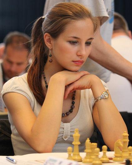Красивая шахматистка Анастасия Гаврилова (Швецария) фото