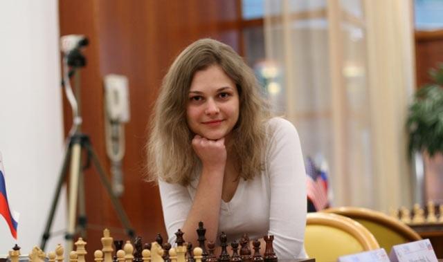 Красивая шахматистка Анна Музычук (фото)