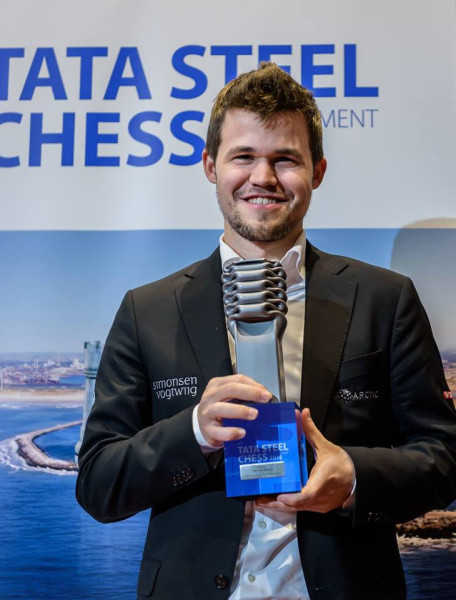 Магнус Карлсен - победитель международного шахматного турнира Tata Steel Chess Tournament 2016 в Вейк-ан-Зее