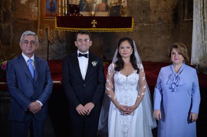 Свадебная фотография Левона Аронянна и Арианы Каоили