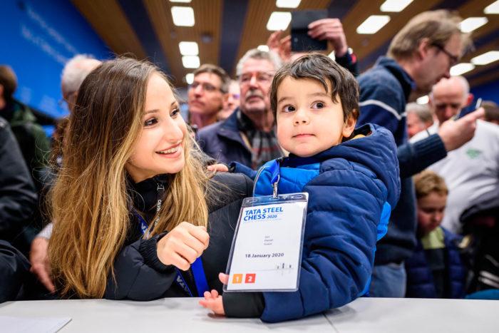 Софико Гурамишвили и её сын Даниэль Гири (Вейк-ан-Зее, 2020)