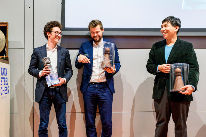 Тройка призеров Tata Steel Masters 2020 слева направо: Фабиано Каруана (I место), Магнус Карлсен (II место), Уэсли Со (III место)
