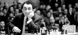 Шахматист Тигран Петросян - 9-й чемпион мира по шахматам