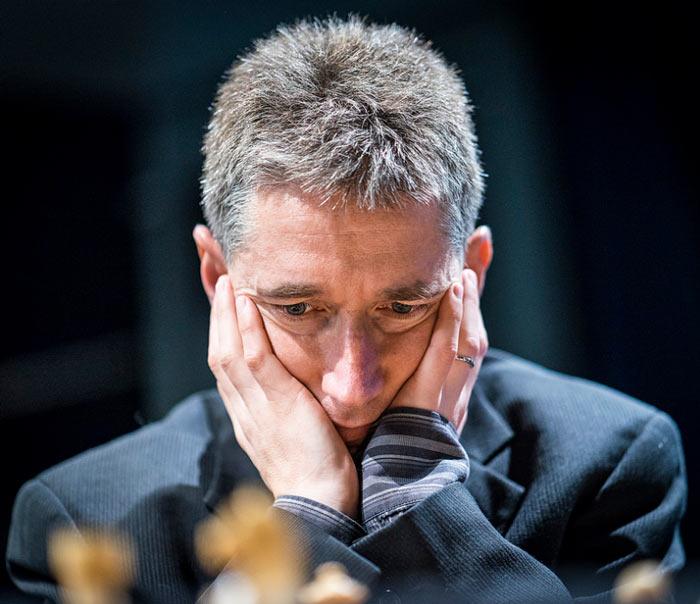 Турнир по шахматам в Лондоне 2016 - шахматист Майкл Адамс (Англия)