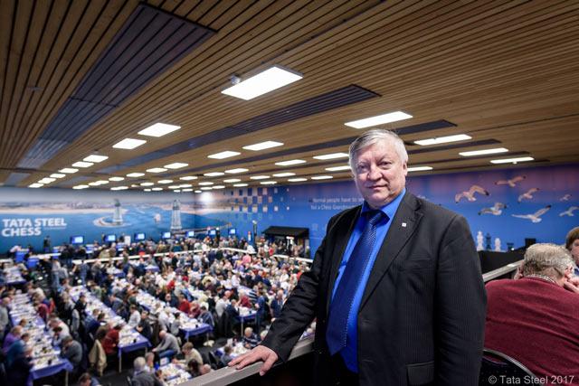 Почётный гость турнира Анатолий Карпов