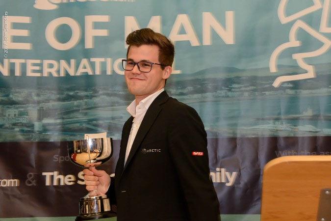 Магнус Карлсен - победитель турнира на острове Мэн 2017