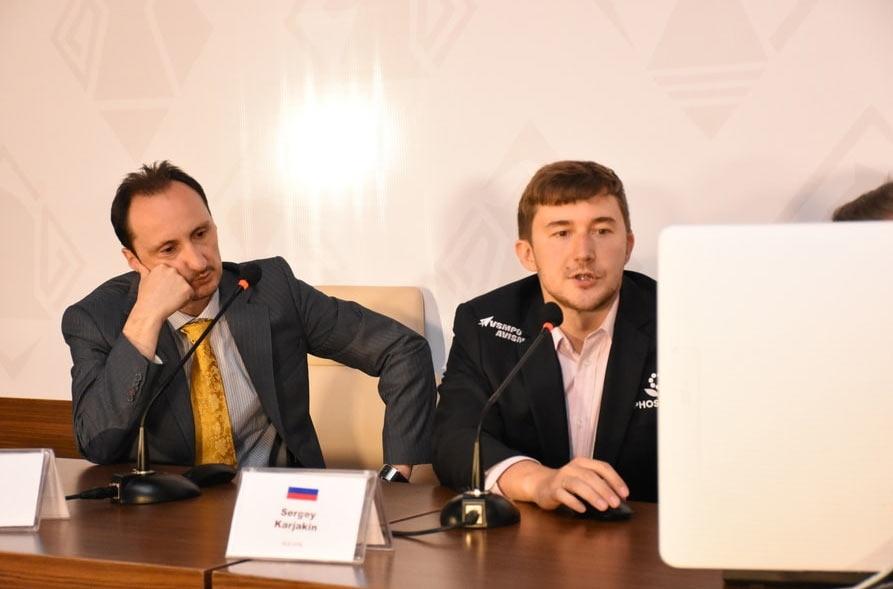 Веселин Топалов и Сергей Карякин на пресс-конференции после 9-го тура мемориала Гашимова 2018