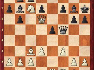 Перед просмотром партии, попробуйте найти выигрывающий ход за черных