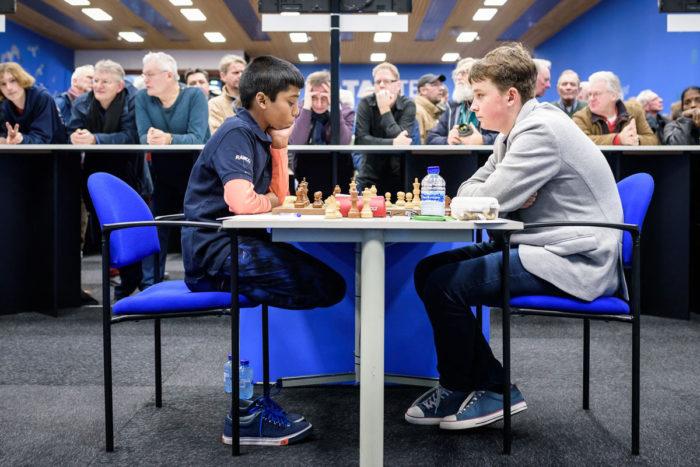 Самые юные участники турнира Tata Steel Challengers: Рамешбабу Прагнанандха (Индия) и Винсент Кеймер (Германия)