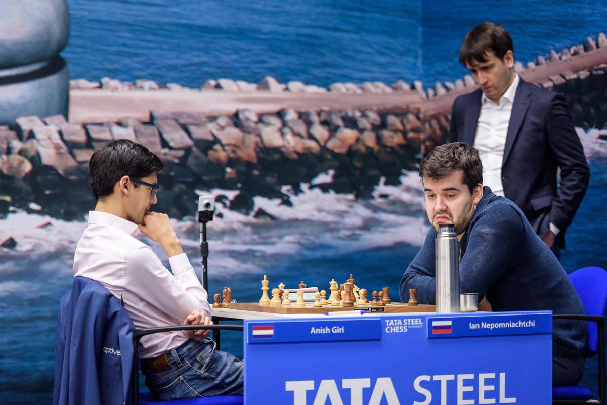 Шахматный турнир Tata Steel Masters 2019 (Вейк-ан-Зее). Гири и Непомнящий