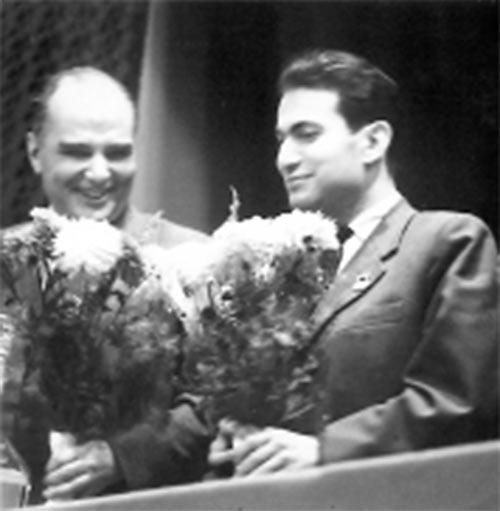 Шахматисты Лев Абрамов и Михаил Таль