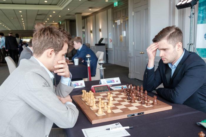Магнус Карлсен и Максим Матлаков (шахматы остров Мэн 2019)
