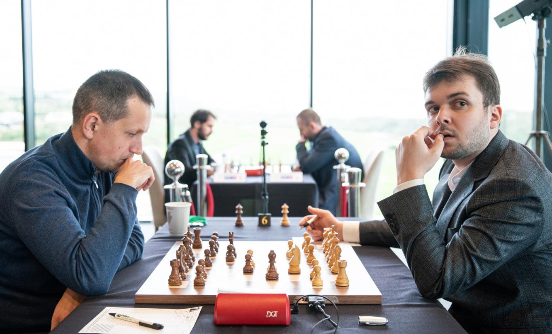 Родослав Войташек и Владимир Федосеев. Шахматный турнир Grand Swiss 2019 (остров Мэн)