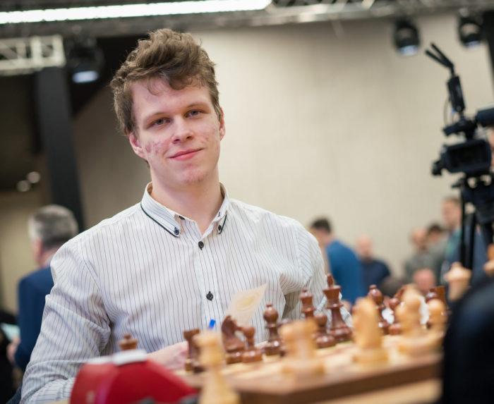 Шахматист Владислав Артемьев. Чемпионат мира по блицу 2019