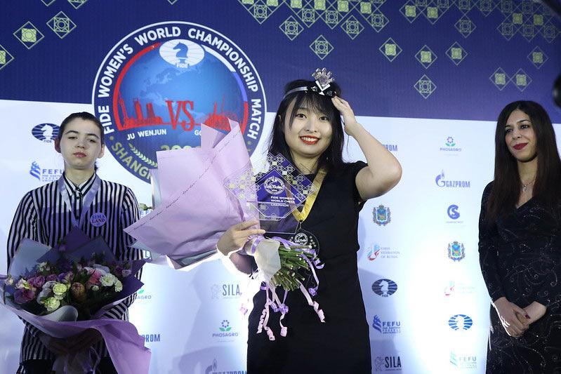 Цзюй Вэньцзюнь стала трехкратной чемпионкой мира по шахматам