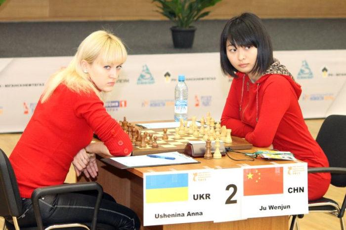 Анна Ушенина и Цзюй Вэньцзюнь (Ханты-Мансийск, 2012)