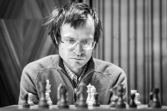 Гроссмейстер Сергей Тивяков - нидерландский, ранее российский шахматист. Тренер Йордана ван Фореста