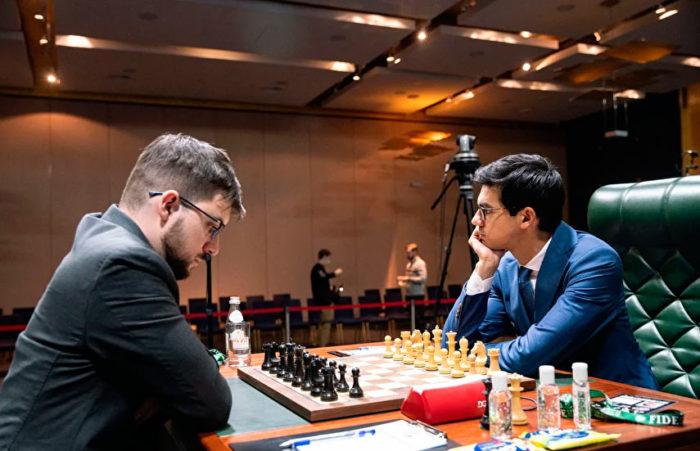 Максим Вашье-Лаграв и Аниш Гири. Турнир претендентов 2020