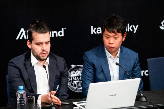 Ян Непомнящий и Ван Хао на пресс-конференции после 5-го тура турнира претендентов 2020