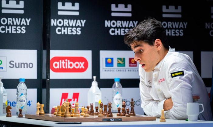 Арьян Тари - талантливый шахматист из Норвегии
