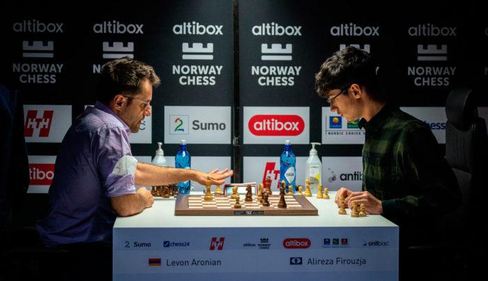 Левон Аронян и Алиреза Фируджа (Шахматы, Ставангер 2020)