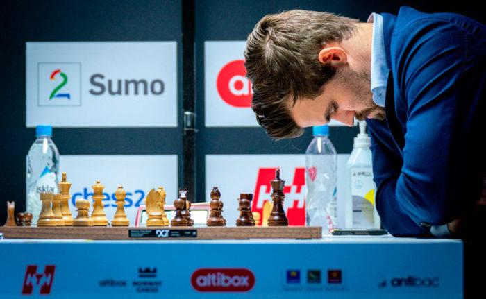 Магнус Карлсен проиграл поляку Дуде на турнире в Ставангере 2020