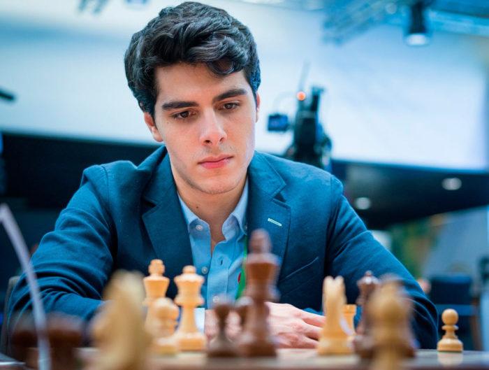 Шахматист Ариан (Арьян) Тари