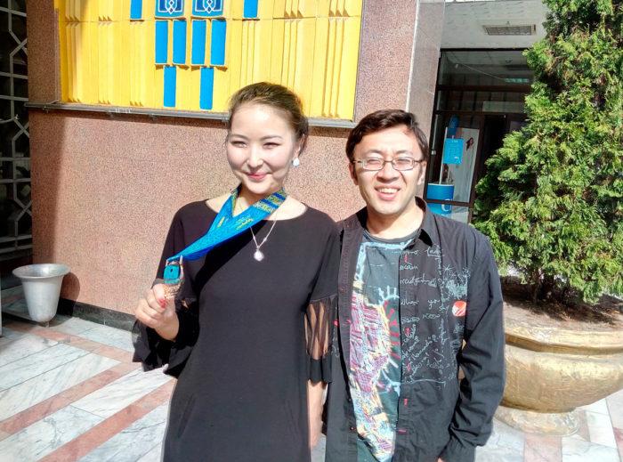 Гулисхан Нахбаева и Муртас Кажгалеев - шахматисты из Казахстана