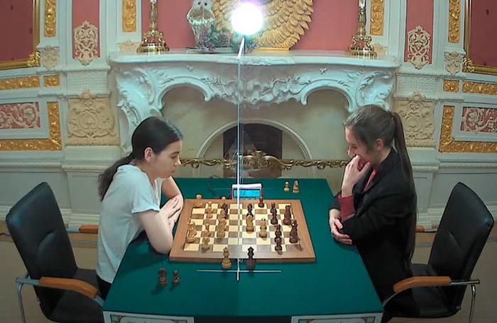 Александра Горячкина и Полина Шувалова