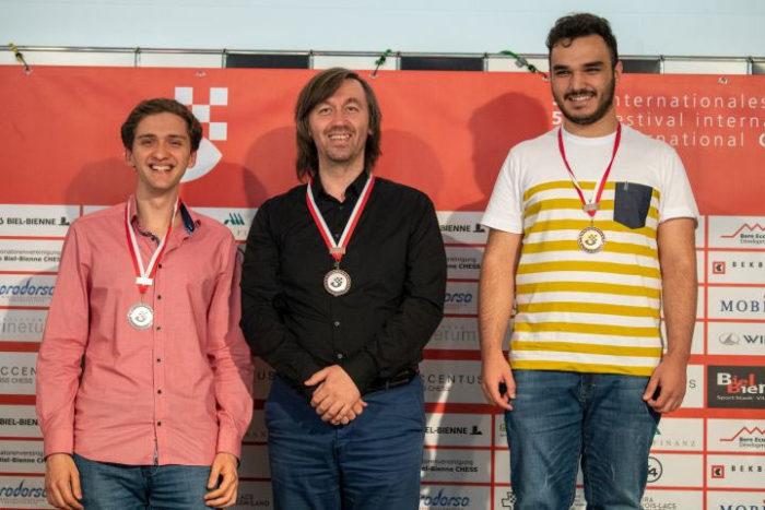 Тройка призеров турнира Biel Masters 2019: Александр Донченко (Германия) - 3 место, Гата Камский (США) - 2 место, Амин Табатабаи (Иран) - 1 место