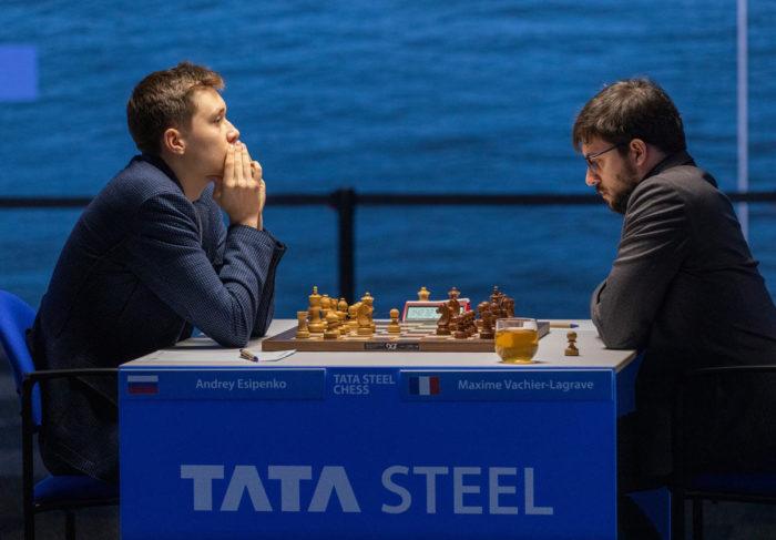 Андрей Есипенко (рейтинг 2677) и Максим Вашье-Лаграв (рейтинг 2784). Шахматный турнир Вейк-ан-Зее 2021