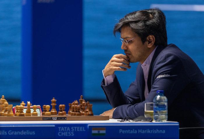 Индийский шахматист Пентала Харикришна (рейтинг 2732). Турнир Tata Steel Chess 2021 в Вей-ан-Зее
