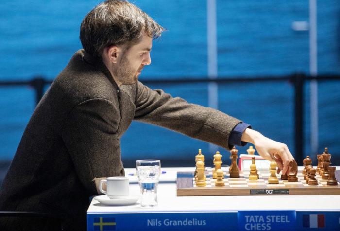 Шведский шахматист Нильс Гранделиус (рейтинг 2663). Вейк-ан-Зее 2021, тур 5