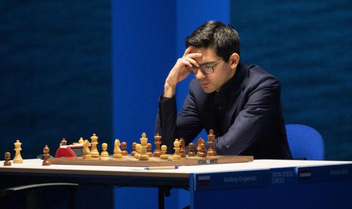 Сильнейший нидерландский гроссмейстер Аниш Гири (рейтинг 2764). Вейк-ан-Зее 2021, тур 6