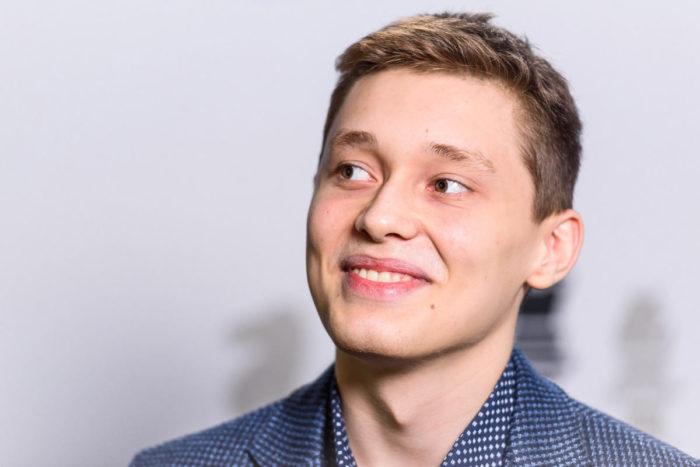 Российский шахматист Андрей Есипенко (страна - Россия, возраст - 18 лет, рейтинг - 2677) (Вейк-ан-Зее 2021, тур 7)